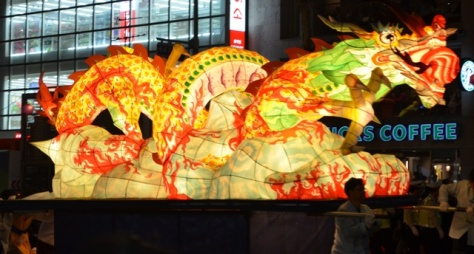 Lotus Lantern float (3)