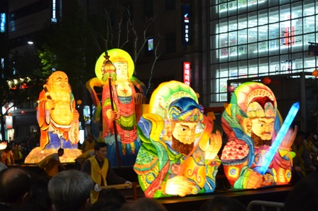 Lotus Lantern float (7)