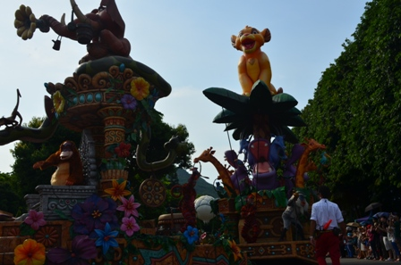 Hong Kong Disneyland parade 7