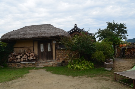 Andong Hahoe Maeul thatched hut autumn scene
