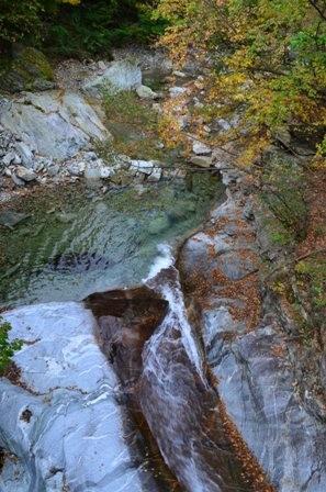 Sibiseonnyetang overhead river shot