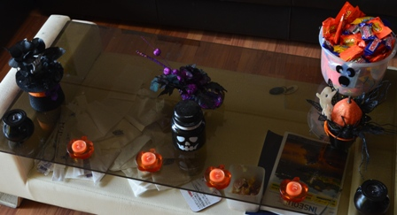 Halloween Korea apartment coffee table decorations