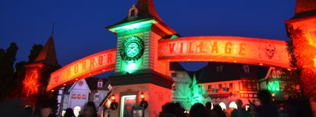 Halloween Korea Everland Horror Village sign