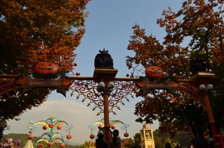 Halloween Korea Everland posts