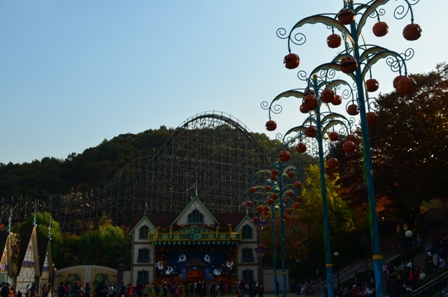 Halloween Korea Everland roller coaster
