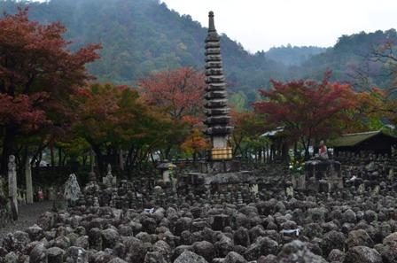 Kyoto Arashiyama Arashion Temple open gravestone field