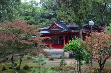 Kyoto Arashiyama Daikuji Temple red outbuilding