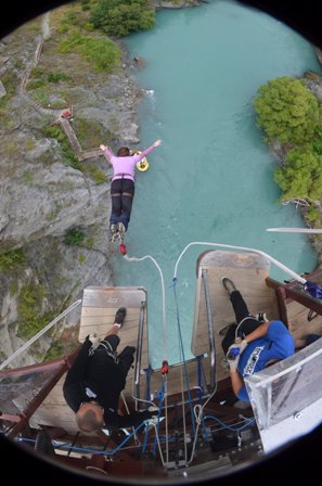Kawarau Bridge bungy 2