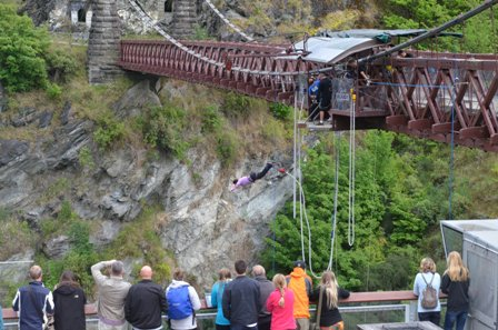 Kawarau Bridge bungy 3