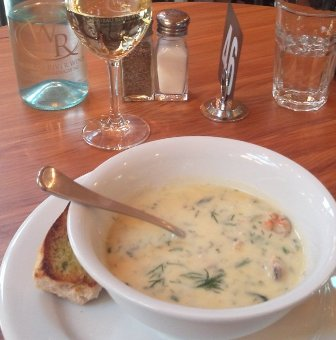 Wairau River Winery mussel chowder